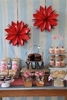 Sales Of Decorations by Best 25 Bake Sale Displays Ideas On Cupcakes