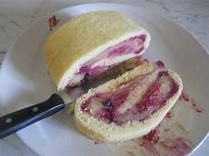 rotolo alla crema bimby rotolo alla crema e frutti di bosco bricolage ricette