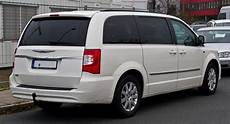 chrysler town and country chrysler town country wikiwand