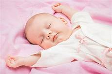 8 baby sleep tips that will change your living and