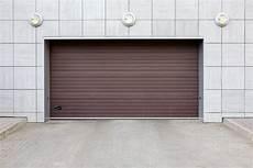 Wie Heizt Am Besten Eine Garage by Garagentor Sichern 187 So Sch 252 Tzen Sie Sich Vor Einbrechern
