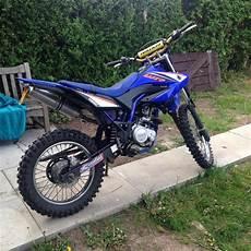 yamaha wr 125r 2011 yamaha wr 125 r blue 180cc in middlesbrough