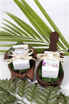 Wedding Gifts From Hawaii personalized wedding favor receptions hawaiian wedding