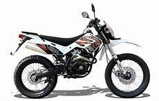 moto trail 125 wk bikes wk trail 125 in black plus free helmet gloves pack