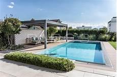 moderne gartengestaltung mit pool wohnlicher garten mit pool parc s gartengestaltung