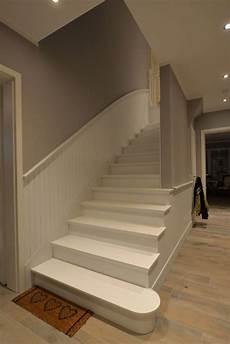 treppenaufgang wand gestalten wandgestaltung treppenhaus