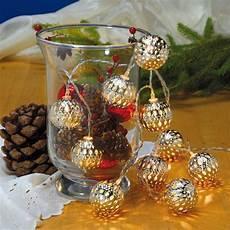 dekorieren mit lichterketten tischdeko mit glas und lichterkette ausmalbilder