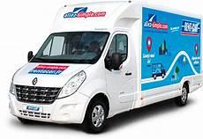 Location Vehicule 6 Places U Revia Multiservices