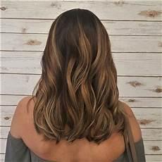 balayage californien miel warm caramel honey balayage on shoulder length hair hair by amanda in 2019 balyage hair