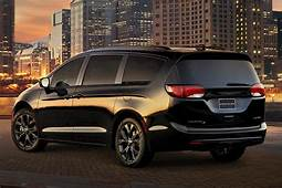 2018 Chrysler Pacifica New Car Review  Autotrader