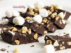 cioccolato bianco fatto in casa torrone al cioccolato fatto in casa che sfizio una sinfonia di cioccolati e nocciole un