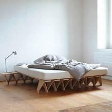 bettgestell aus pappe lieg grundmodul 2019 my style minimalschlafzimmer hochwertige m 246 bel bett aus pappe