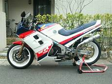 honda 750 vfr rc24 1986 from take