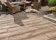Pflastersteine Terrassenplatten Gartenmauern Palisaden
