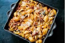 tuna and tomato pasta recipe simplyrecipes com