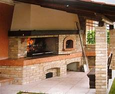 camini e forni a legna camino con forno a legna rustico cerca con wood