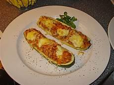 Rezept Gefüllte Zucchini - zucchini mit hackfleisch reis f 252 llung k alexa