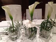 callas und orchidee orchideen tischdeko blumen und