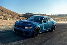 2020 dodge charger pack widebody 2020 dodge charger widebody look edmunds
