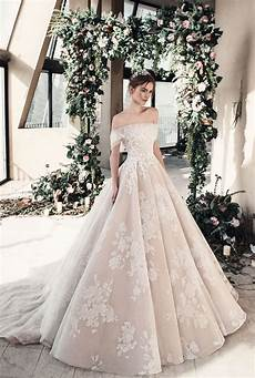 2019 Wedding Gown Trends wedding dress trends 2019 arabia weddings