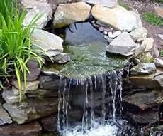 cascade d eau pour bassin bassins de jardin cascades et lames d eau