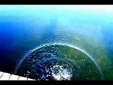 Stein Ins Wasser Werfen Zeitlupe