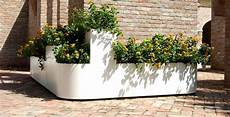 vasi per piante da esterno prezzi fioriere da esterno vasi e fioriere fioriere per