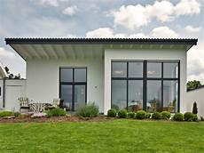 billig häuser bauen voll im trend bungalows baumeister haus e v
