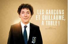 critique les gar 231 ons et guillaume 224 table