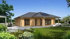 town country haus haus bauen bungalow 128 musterhaus in