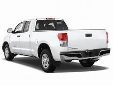 2010 toyota tundra cab 2010 toyota tundra reviews and rating motor trend