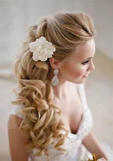 Frisur Hochzeitsgast Halboffen - side swept wedding hairstyles to inspire mon cheri bridals