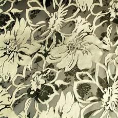 Stoff Mit Ausgefallenem Blumenmuster - ausgefallene stoffe modestoffe spitzen ausbrenner satin