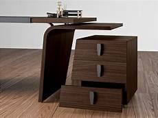 Möbel Mit Geheimversteck - stilvoller design schreibtisch larus tischgestell mit