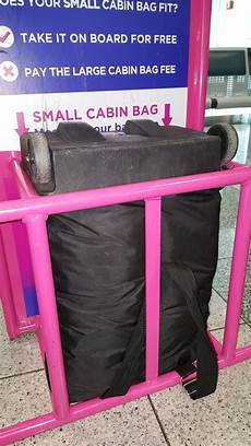 wizzair large cabin bag wizzair on quot the dimensions of the small cabin