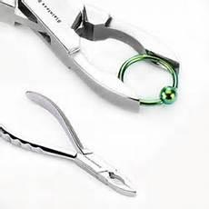 pince pour piercing piercing oreille circulaire ou boucle d oreille