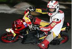 Modifikasi Beat Road Race by 30 Modifikasi Motor Honda Beat 2013
