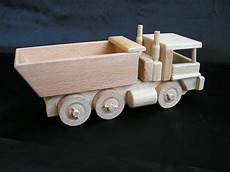 holz lkw selber bauen dump trucks wooden cool wooden gifts soly