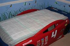 sheets for bedwetting short sheeting the way for bed wetters daddy life