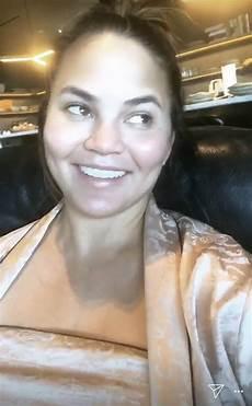 Chrissy Teigen Jokes She S In S Secret Fashion