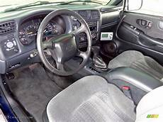 electric and cars manual 2002 chevrolet blazer interior lighting 2002 chevrolet blazer ls zr2 4x4 interior color photos gtcarlot com