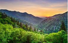 vacation in smoky mountains tennessee bluegreen vacations