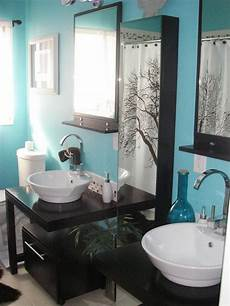 Aqua Color Bathroom Ideas by Colorful Bathrooms From Hgtv Fans Decorating Ideas