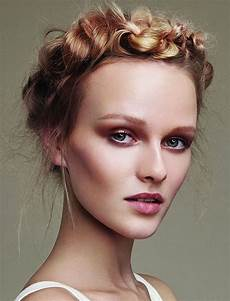 Updo Hairstyles For Faces updo hairstyles for square oval faces 2018 2019