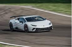 lamborghini huracan 2018 2018 lamborghini huracan performante drive review automobile magazine