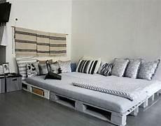 Europaletten Möbel Bett - die besten 25 bett aus europaletten ideen auf