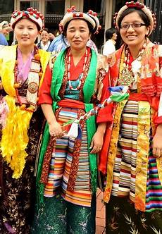 the lovely tibetan in traditional dres