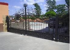 Metallkunst Eisentore Aus Polen Bauunternehmen