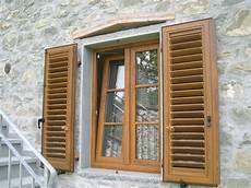 finestre e persiane bacci infissi corsagna lucca finestre alluminio e pvc