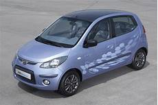 hyundai i10 neuwagen hyundai to launch i10 electric vehicle in 2010